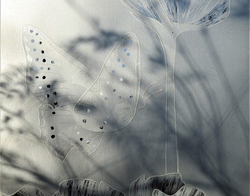Gestraald glas met schaduw en structuur effecten
